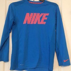 Nike Drifit long sleeve tee